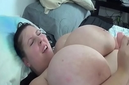 Busty coed BBW plays with her giant humble bosom - BBW-SEXY.com