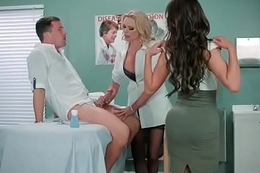 Hard Style Sexual connection Between Doctor And Sexy Patient (Briana Banks &amp_ Nikki Benz) video-07
