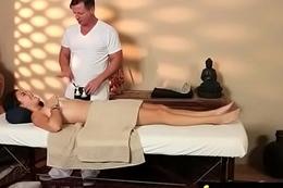 Magnificent Skinny gets a massage 11