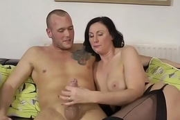 English milf closeup spunked in the matter of mouth