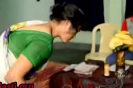 Hot House maid trying up seduce dramatize expunge house proprietor Secretly- http://shrtfly.com/QbNh2eLH
