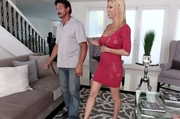 My husband hasn'_t fucked me in a year! - Alexis Fawx, Tommy Gunn