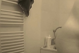 slut Clariss in bathroom after assed apart from Olivier Starke
