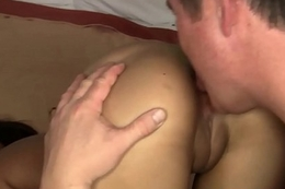 Eva Fenix Makes Her Cuck Slave Keep in view As She Get Bore Fucked!