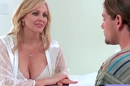 Naughty Milf (Julia Ann) With Bigtits Take It Hard mov-17