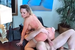 Well-endowed Hot Girl (Cali Carter) Banged Hardcore In Office mov-07