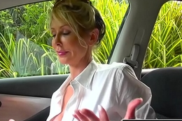 RealityKings - Milf Tracker - License Hither Fellow-feeling a amour