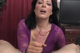 Double handed tugjob session given overwrought busty milf