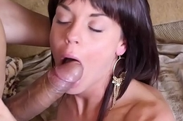 Little rich girl Rahyndee loves dicks