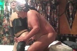 MAN FUCKS CROSSDRESSER WITH DILDO