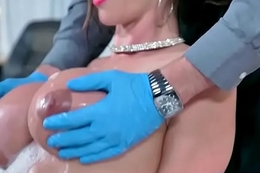 (Ariella Ferrera2) Slut Turn out that in the event of Seduce Doctor In Sex Act clip-04