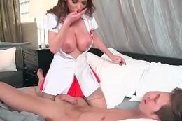 (Nikki Benz) Floosie Patient Seduce Doctor In Coition Act clip-19